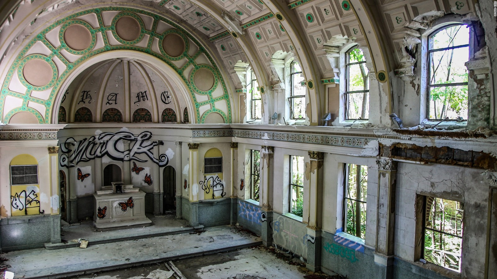 New Orleans Abandoned Buildings Explore Forgotten Beauty Cnn Travel
