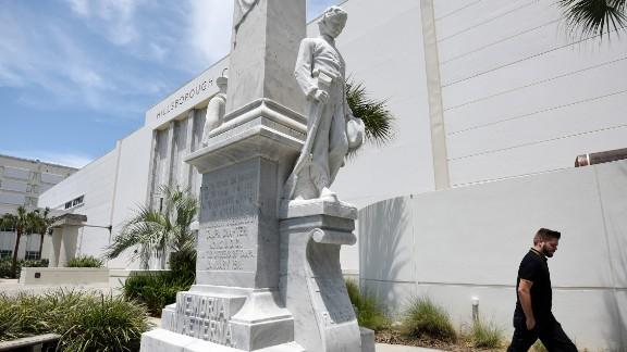 The Memoria In Aeterna statue in Tampa.