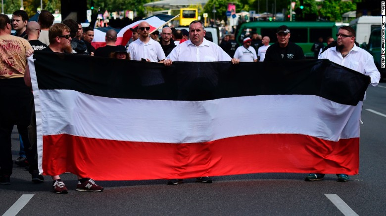 Neo-Nazis, counterprotesters rally in Berlin