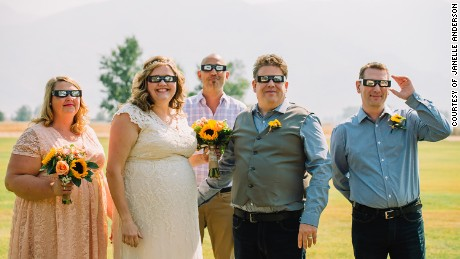 Wedding photo of Angela Babcock and James Odell of South Pasadena, CA married in her home state of Idaho for the Total Solar Eclipse.