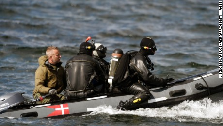 Divers from the Danish Defence Command preparing for a dive in Koge Bugt near Amager in Copenhagen on August 22, 2017 where a woman torso was found yesterday.      A Swedish journalist, Kim Wall, went missing after going sailing with the submarine, UC3 Nautilus, on August 10. / AFP PHOTO / Scanpix Denmark AND Scanpix / Liselotte Sabroe / Denmark OUT        (Photo credit should read LISELOTTE SABROE/AFP/Getty Images)