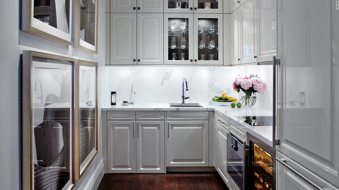 Top-of-the-range appliances by designer brands such as Gaggenau and SubZero can be found in fully furnished kitchens.