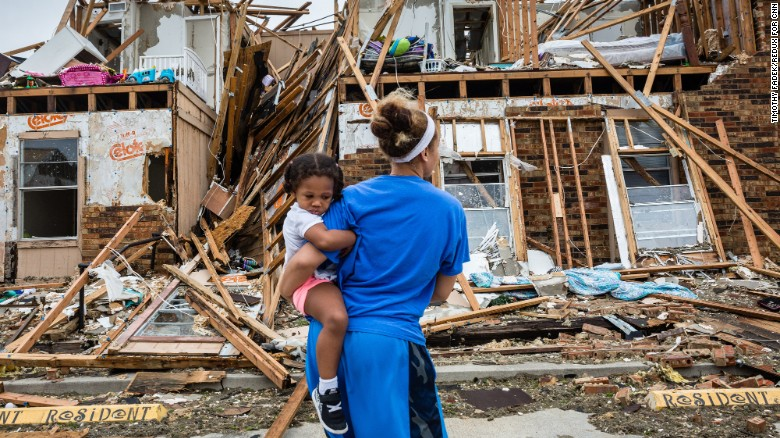 Residents of Rockport, Texas return to their damaged homes after Hurricane  Harvey hit.