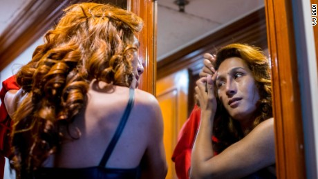India crowns its first transgender beauty queen - CNN