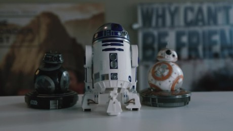hands on bb9e r2d2 sphero droids cnntech_00000000