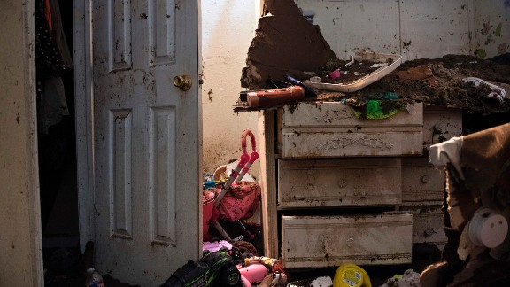 Flood damage is seen in a once flooded home as residents begin the recovery process from Hurricane Harvey August 31, 2017 in Houston, Texas. / AFP PHOTO / Brendan Smialowski        (Photo credit should read BRENDAN SMIALOWSKI/AFP/Getty Images)