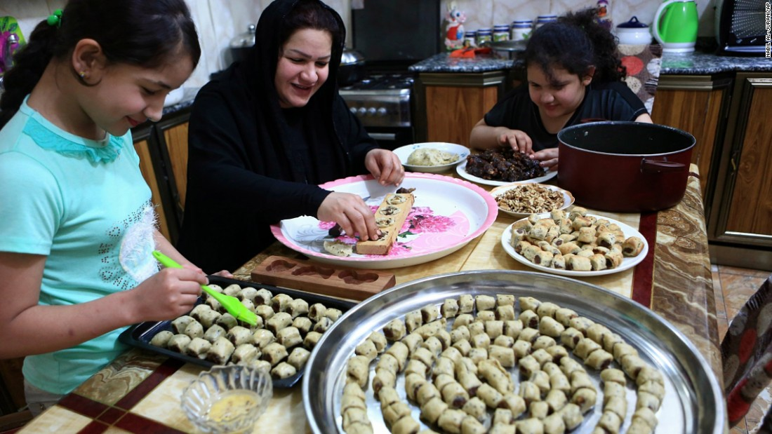 Amazing Child Eid Al-Fitr Feast - 170901052746-02-eid-ul-adha-0831-super-169  Best Photo Reference_653317 .jpg
