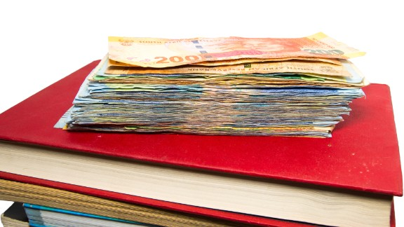The student was supposed to receive a $100 stipend for food and books.
