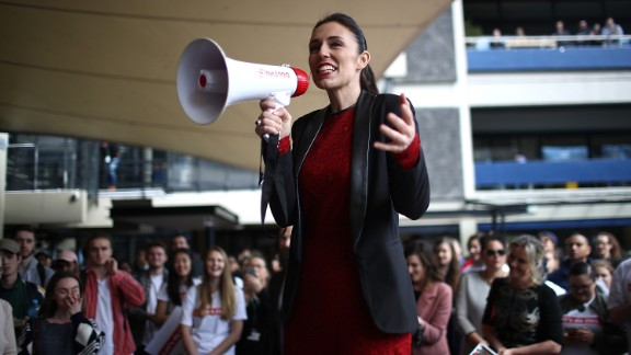 AUCKLAND, NEW ZEALAND - SEPTEMBER 01:  Labour Party leader Jacinda Ardern speaks to students in the Auckland University Quadrant on September 1, 2017 in Auckland, New Zealand. The latest 1News Colmar Brunton poll shows labour has risen 6 points, two ahead of National. It is the first time Labour has polled higher than National since 2006. Jacinda Ardern has also risen four 4 points  to 34% as preferred prime minister, ahead of Bill English just behind at 33%.  (Photo by Phil Walter/Getty Images)