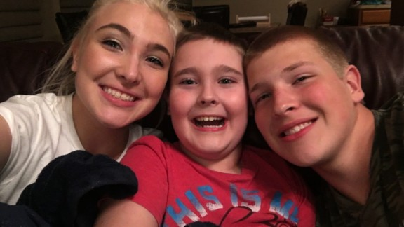 Darrin LeRoy family
