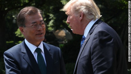 Trump, SK leader vow to increase pressure on 'Rocket Man' Kim