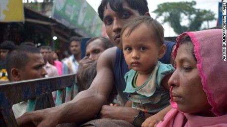 At least 30,000 Rohingya trapped in Myanmar mountains without food