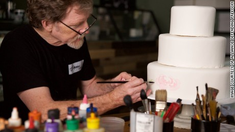 Trump admin backs Colorado baker who refused to make cake for same-sex wedding