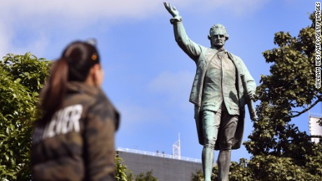 Statue becomes lightning rod for Australian nationalists
