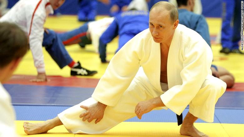 Vladimir Putin And Shinzo Abe Take Time Out To Enjoy Judo Cnn