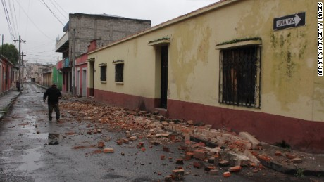 View of damages caused by an earthquake in Quetzaltenango, 220 km from Guatemala City, on June 14, 2017.  A strong 6.9 magnitude earthquake hit western Guatemala early on Wednesday, killing at least two persons and causing power cuts, as well as damage to some buildings, officials said / AFP PHOTO / MISAEL LOPEZ        (Photo credit should read MISAEL LOPEZ/AFP/Getty Images)