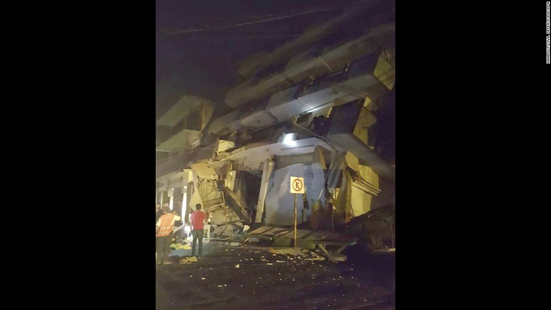 This photo shows a collapsed building in Matias Romero, Mexico, early on September 8.