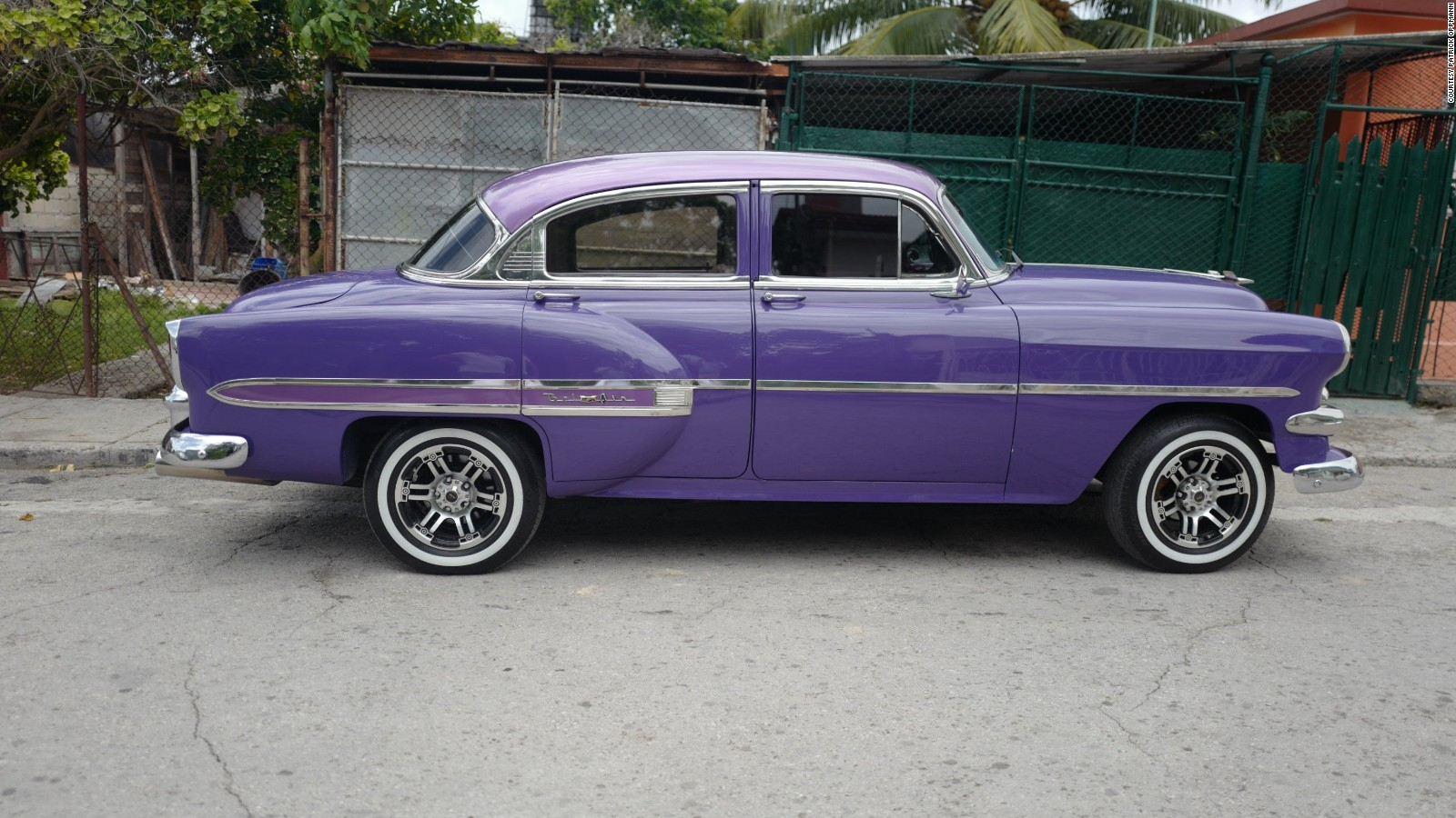 How Cuban classic cars are being restored for American tourists ...
