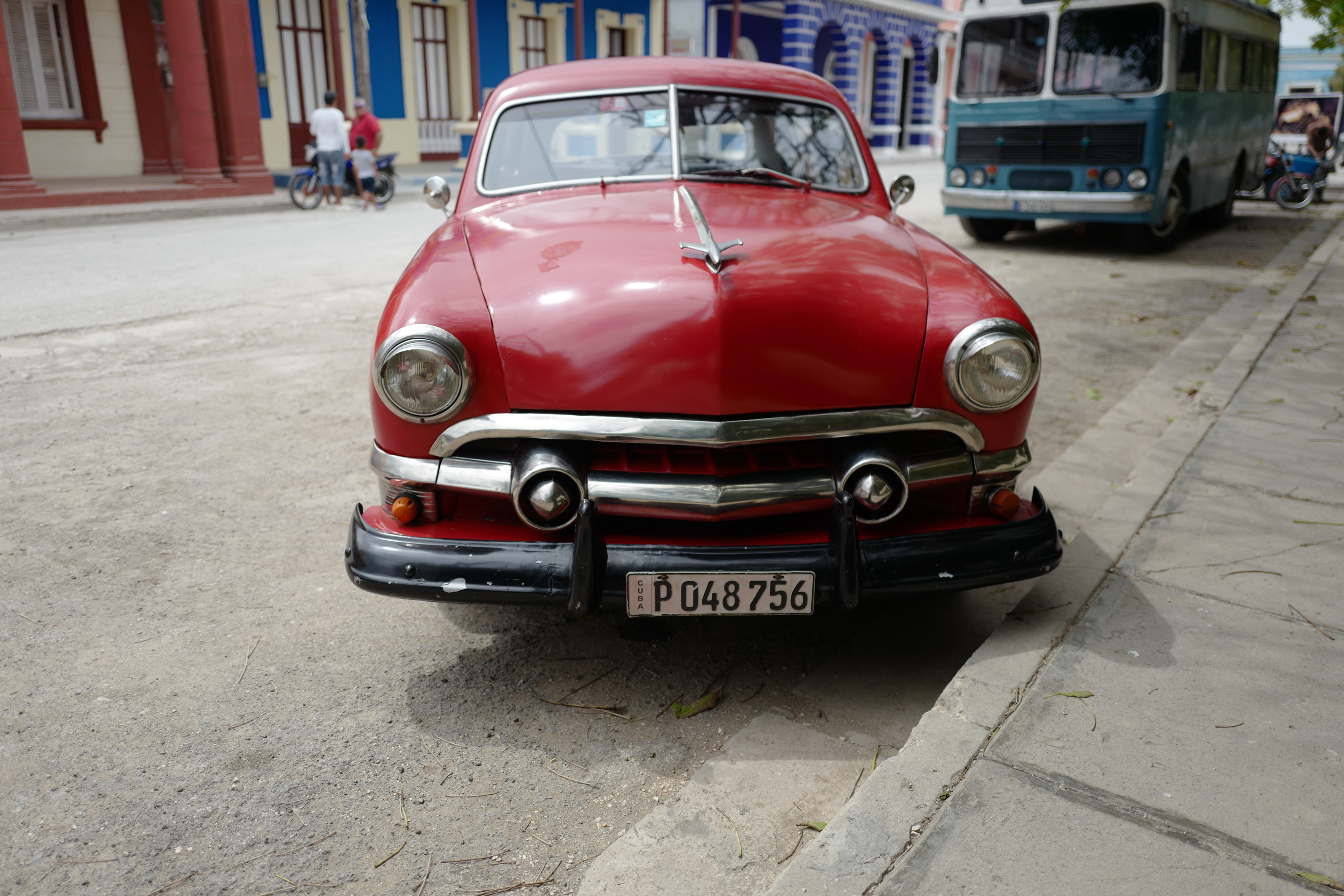 How Cuban Classic Cars Are Being Restored For American Tourists - Old car from cars