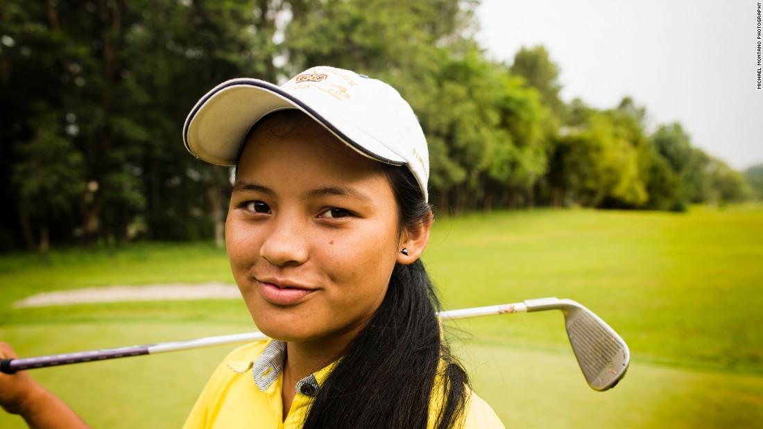 Meet single golfers