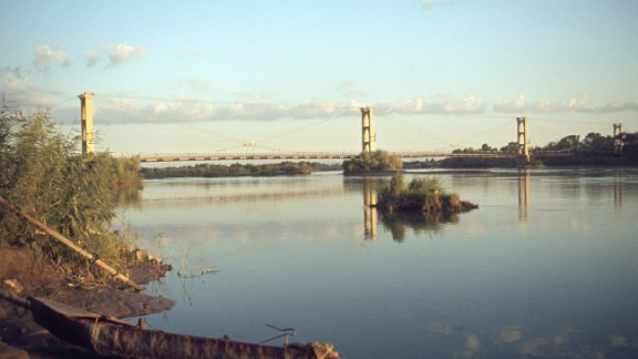 This French-built suspension bridge was a popular pedestrian crossing and vantage point for its views of the Euphrates River. It became a key supply line in a battle for the city, and collapsed under shelling. Deir Ez-zor's Siyasiyeh Bridge was also destroyed.