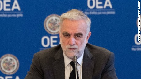 International Criminal Court prosecutor Luis Moreno-Ocampo listens to testimony at the Organization of Ameircan States (OAS) in Washington, DC, on September 14, 2017, as the OAS begins investigation into alleged crimes against humanity in Venezuela. / AFP PHOTO / JIM WATSON        (Photo credit should read JIM WATSON/AFP/Getty Images)