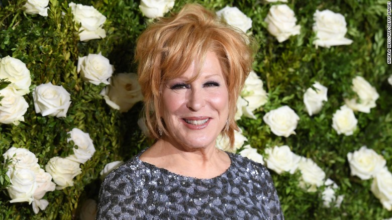 Bette Midler Fast Facts