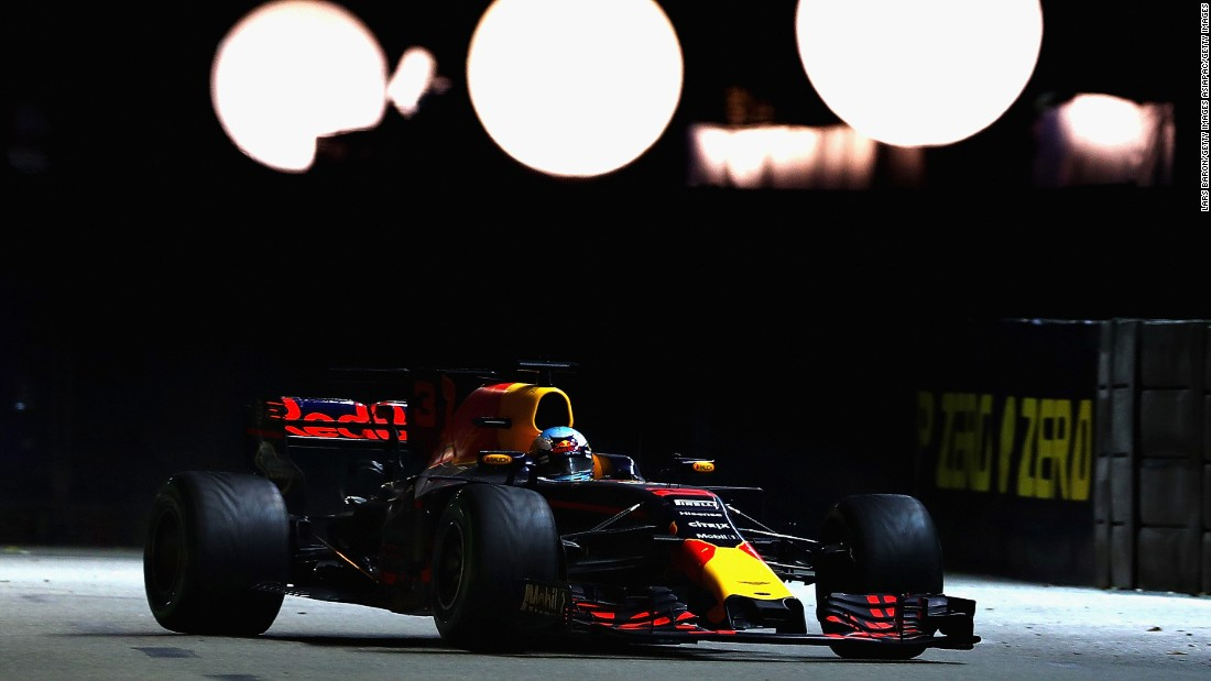 Red Bull's Daniel Ricciardo on track during Sunday's Singapore Grand Prix.