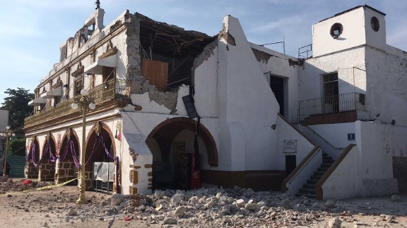The quake damaged the Jojutla Municipal Palace.