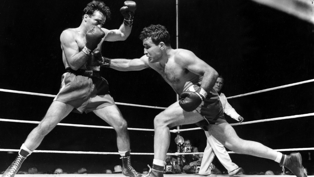 "Former boxing champion <a href=""http://www.cnn.com/2017/09/20/sport/jake-lamotta-obit/index.html"" target=""_blank"">Jake LaMotta</a>, right, died September 19 at the age of 95. LaMotta was played by Robert De Niro in Martin Scorsese's Oscar-winning movie ""Raging Bull."""