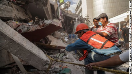 CNN has obtained EXCLUSIVE photos from the recovery efforts in Division Del Norte, Mexico City. Hundreds of volunteers and first responders search for survivors in a collapsed residential building following the 7.1 magnitude earthquake on September 19, 2017.