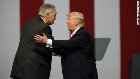 Trump's recent tweets supporting Luther Strange deleted