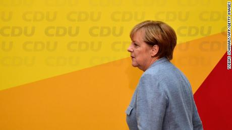 Angela Merkel set for fourth term after months of political deadlock