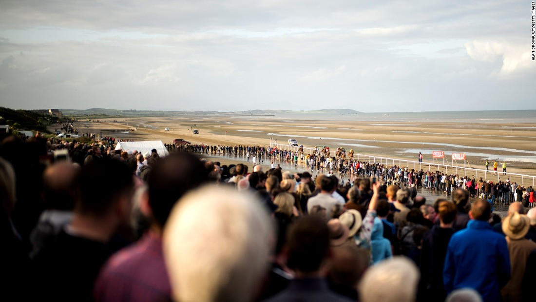 Laytown is unique in the Irish racing calendar as the only event run on a beach under the Rules of Racing.