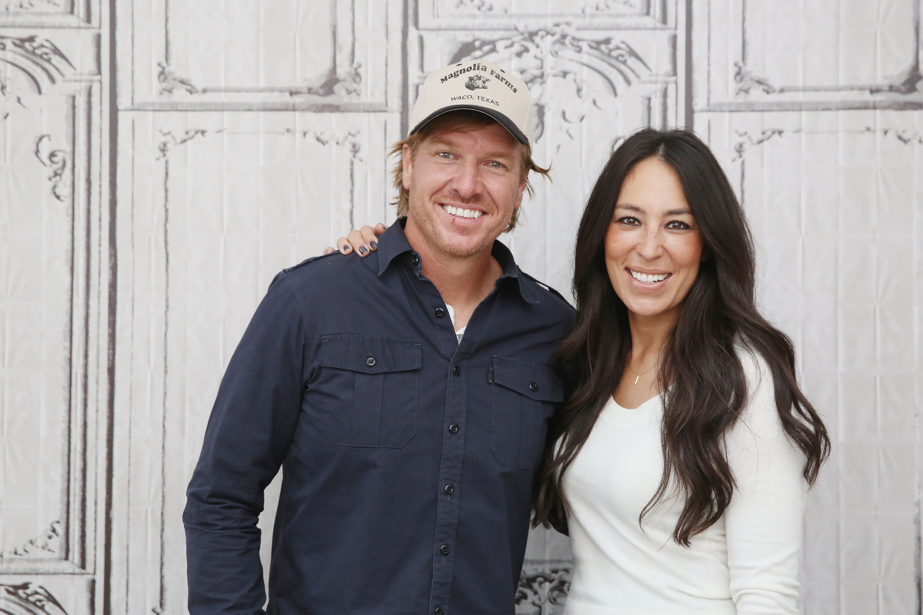 Chips Et Joanna Gaines chip and joanna gaines announce new tv show