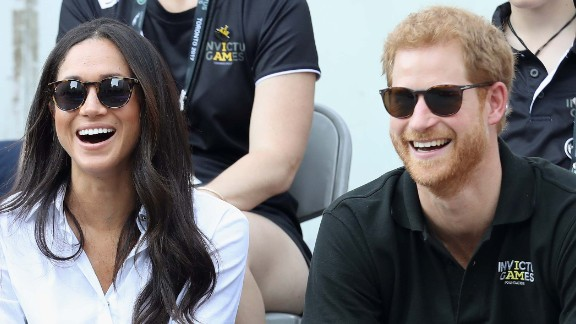 TORONTO, ON - SEPTEMBER 25:  Prince Harry (R) and Meghan Markle (L) attend a Wheelchair Tennis match during the Invictus Games 2017 at Nathan Philips Square on September 25, 2017 in Toronto, Canada  (Photo by Chris Jackson/Getty Images for the Invictus Games Foundation )