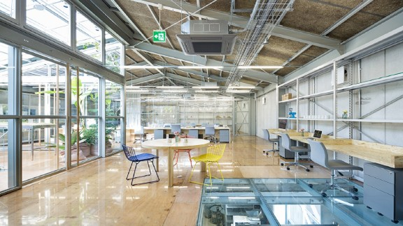 Located in Tokyo, the space also hosts a cafe, a roastery, a barista training room and a pastry factory.