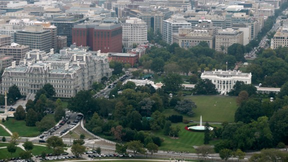 WASHINGTON, DC - OCTOBER 01:  The White House, the South Lawn, the Ellipse and the Eisenhower Executive Office Building are seen from the observation deck of the Washington Monument October 1, 2014 in Washington, DC. (Chip Somodevilla/Getty Images)