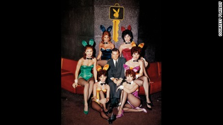 Hugh Hefner with Playboy bunnies in Chicago in 1960.