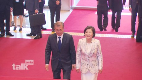 talk asia moon jae-in a_00015529.jpg