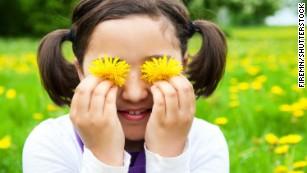 Outdoor playtime might help kids' eyesight