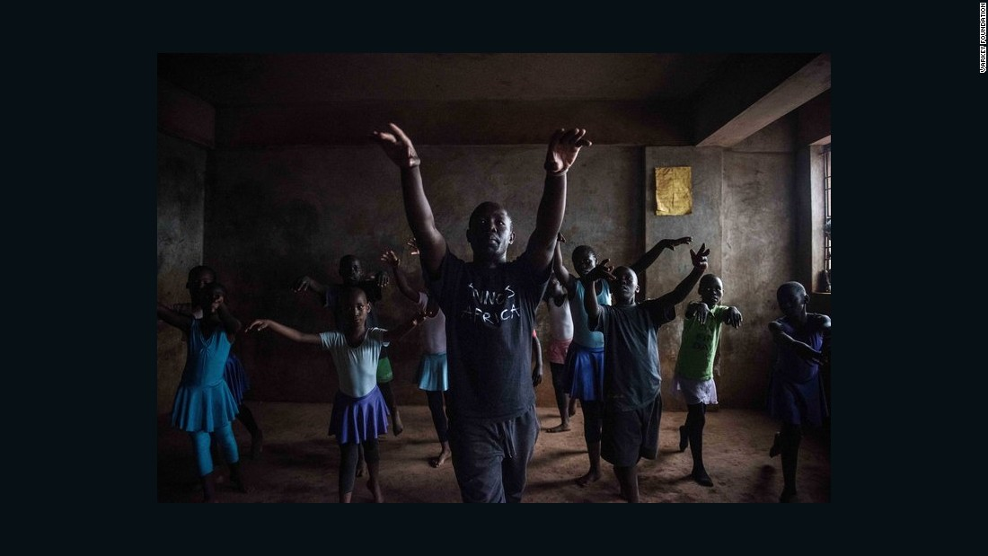 Finalist Mike Wamaya is a former professional dancer. Now, through Annos Africa, a charity in Kenya that teaches art and dance classes to orphans and disadvantaged children, he provides arts education in the slums of Nairobi.