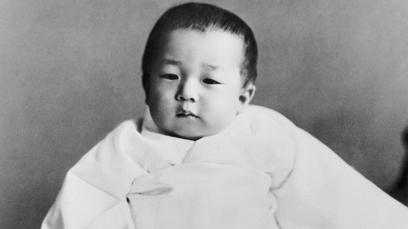 In December 1933, Tsugunomiya Akihito was born to Emperor Hirohito and Empress Nagako. He was their fifth child and first son. According to Japanese legend, he is a direct descendant of Japan