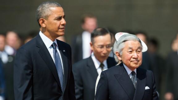 Akihito hosts US President Barack Obama in April 2014.