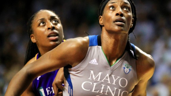 MINNEAPOLIS, MN - SEPTEMBER 24: Sylvia Fowles #34 of the Minnesota Lynx and Nneka Ogwumike #30 of the Los Angeles Sparks battle for position during the second quarter of Game One of the WNBA finals at Williams Arena on September 24, 2017 in Minneapolis, Minnesota.(Photo by Andy King/Getty Images)
