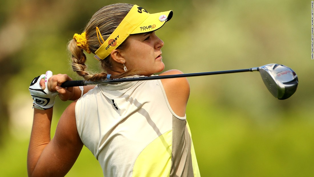 For the first half of 2010, Thompson continued competing as an amateur and her results only got better. At the Women's Australian Open, she finished T16, before going on to play a crucial part in Team USA's Curtis Cup victory.