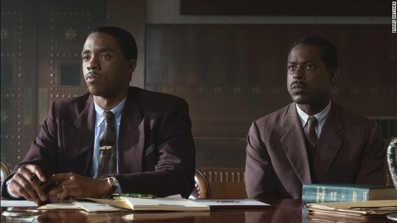 Chadwick Boseman dan Sterling K. Wilson dalam & # 39; Marshall & # 39;