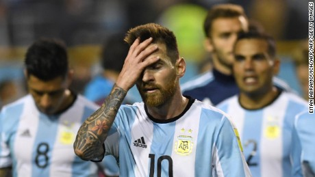 TOPSHOT - Argentina's Lionel Messi gestures at the end of the goalless 2018 World Cup qualifier football match against Peru in Buenos Aires on October 5, 2017. / AFP PHOTO / Eitan ABRAMOVICH        (Photo credit should read EITAN ABRAMOVICH/AFP/Getty Images)