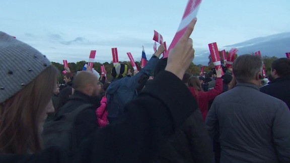 russia opposition rallies putin matthew chance_00000000.jpg