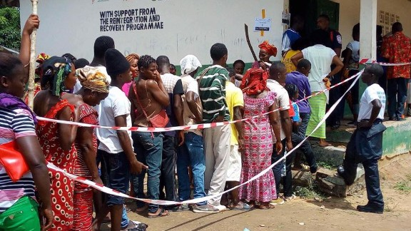 Voters in Konobo electoral District #2 in Grand Gedeh County, waiting to cast their votes in the 2017 Liberian presidential election. Credit: Local Voices Liberia/Moses Geply